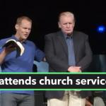 Pastor-David-Platt-prays-for-US-President-Donald-Trump