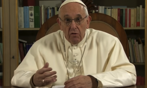 POPE-FRANCIS-CONDEMNS-CHRISTIANS-WHO-TRY-TO-CONVERT-UNBELIEVERS